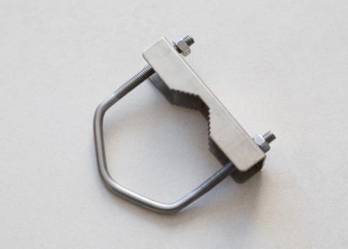 Poynting BRKT-008 Masthalterungsset  für Antennen, U-Bügel (60x60mm)